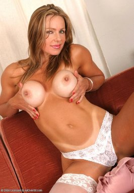Anjelica blowjob 40 damsels came over to
