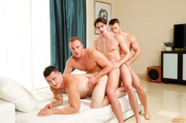 Amazing gay foursome kissing and sucking