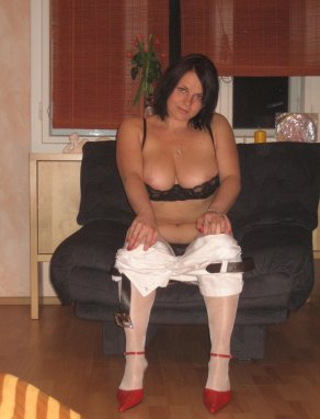 Free online streaming movie video mature