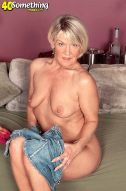 Mature shorthair women nude — img 6