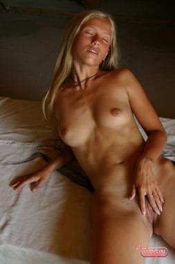 ivory coast strip sexy pone free picture in