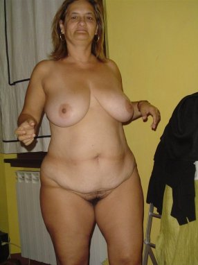 elderly amateurs posing nude for husbands